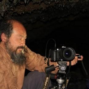 동굴에서 밤을 지새웠다 필사적으로 몸을 비볐다-제주오키나와평화기행서평 강신천
